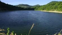 Lac/barrage D'eau De Darbres E...