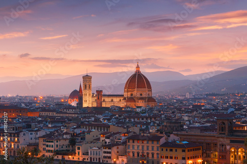 Fotografie, Obraz  Beautiful views of Florence cityscape in the background Cathedra