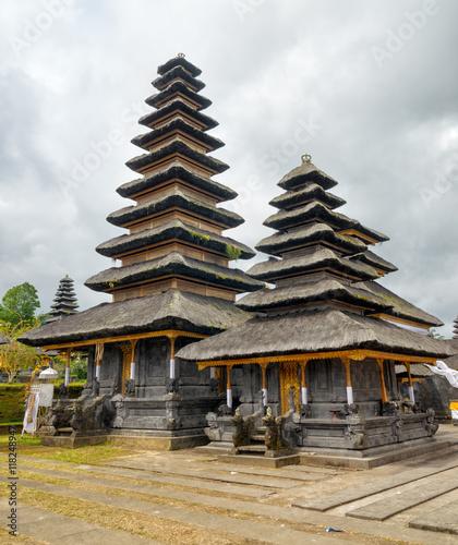 Foto op Plexiglas Indonesië Traditional balinese architecture. The Pura Besakih temple