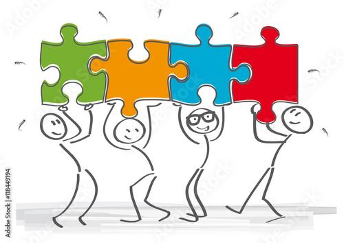 Foto  Strichmännchen - Teamarbeit und Puzzlestücke