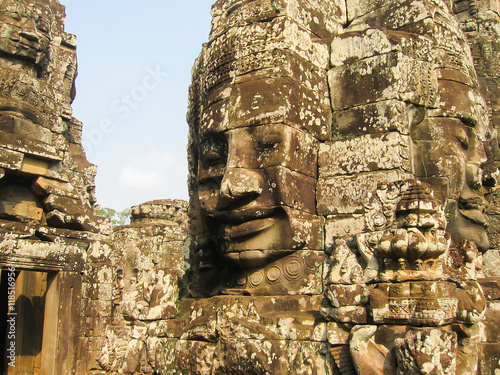 Foto  The Bayon stone faces of the people