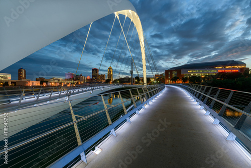 Foto op Aluminium Brug Iowa Women of Achievement Bridge