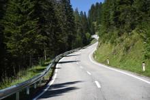 Turracher Höhe, Alpenstraße, Steil, Zweitsteilste Straße Europas, Passstraße, Pass, Steigung, Mittellinie