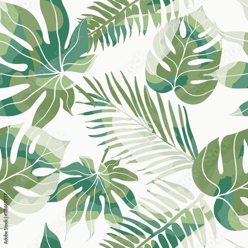 tropikalne-egzotyczne-kwiaty-i-rosliny-z-zielonych-lisci-palmowych