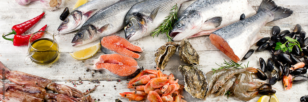 Fototapety, obrazy: Fresh fish and other seafood