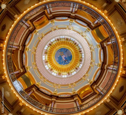 Valokuvatapetti Iowa State Capitol inner dome
