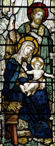 narodzenie-w-witrazu-narodziny-jezusa