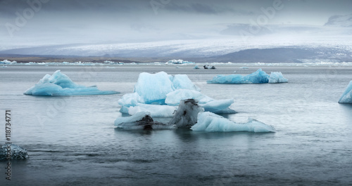 Poster Glaciers big iceberg floating in lagoon in Iceland