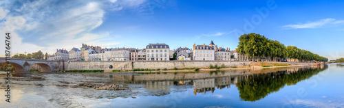 Fényképezés  Le quai du Châtelet à Orléans (France)