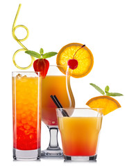 Obraz na Szkle Orange cocktails with fruits isolated on white