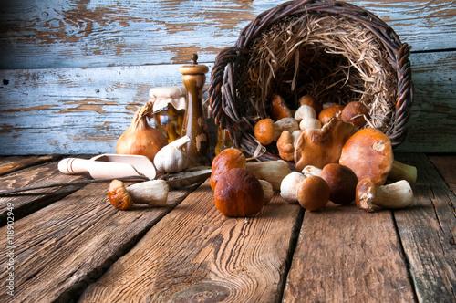 Fotografie, Obraz  Boletus in wicker basket
