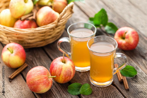 Canvastavla apple cider
