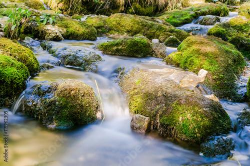 torrent de montagne, cascade du hérisson, Jura, France – kaufen Sie ...