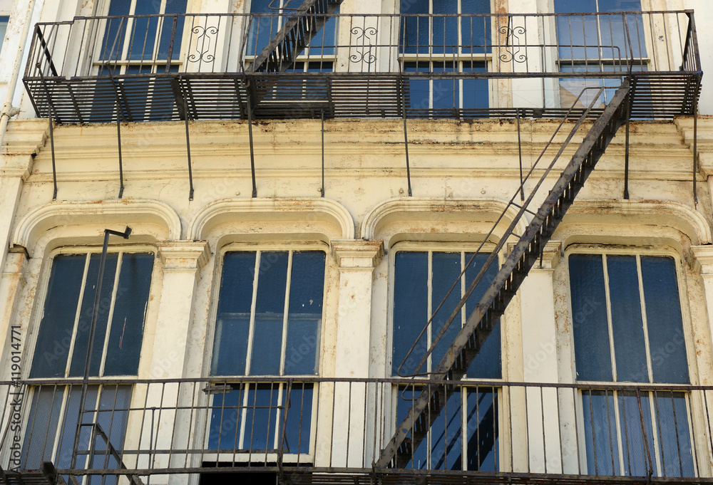 Photo Art Print Fire Escape On Exterior Of Walk Up Apartment Building In New York City Europosters