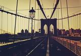 Zachód słońca poświata przed Mostem Brooklyńskim - 119036997