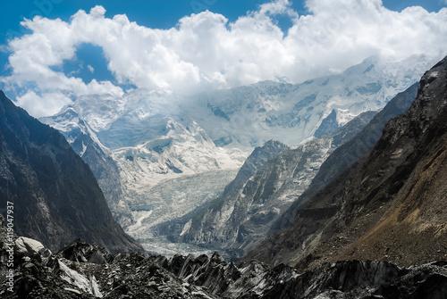 Cadres-photo bureau Glaciers Bualtar glacier in Karakoram Range, North Pakistan
