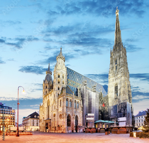 Photo sur Toile Vienne Vienna - St. Stephan cathedral, Austria, Wien