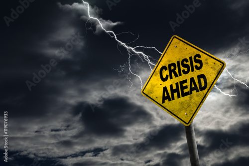 Fotomural  Crisis Ahead Sign With Stormy Background