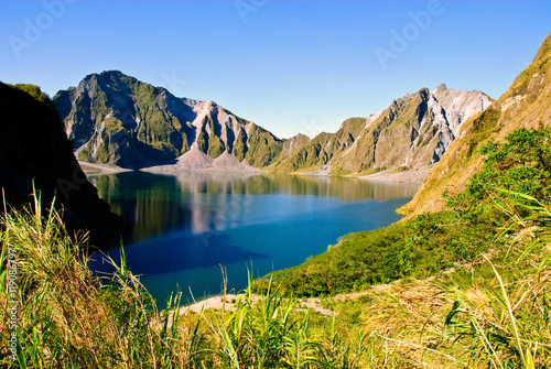 Obraz na plátně view of the crater lake of Mount Pinatubo volcano in Luzon, Philippines