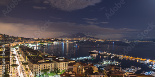 Garden Poster Napels view of the Bay of Naples at night