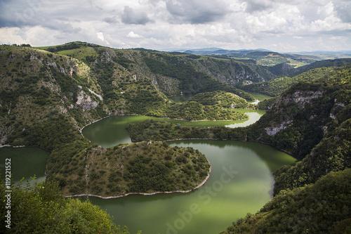 Foto auf Gartenposter Fluss Uvac river in Serbia