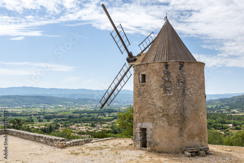 Old stone windmill in Saint Saturnin les Apt Canvas Print