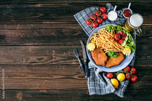 Fotografie, Obraz  Schnitzel mit Pommes