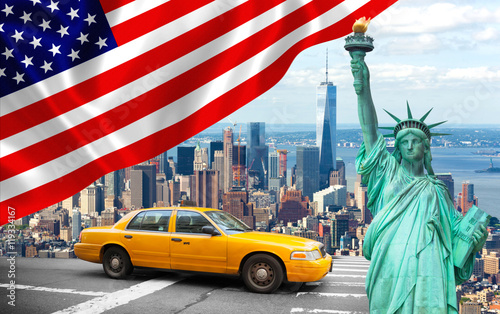 Photo sur Toile New York TAXI New York City with Liberty Statue ad yellow cab