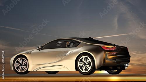 nowoczesny-srebrny-samochod-na-tle-wieczornego-nieba