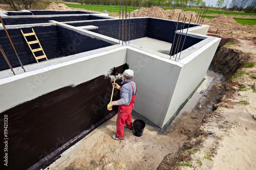 Fotografía  Waterproofing foundation building