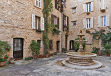 Patio With Fountain In The Old Village Tourrettes-sur-Loup