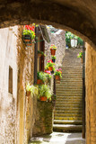 Fototapeta Na drzwi - Narrow street in Volterra
