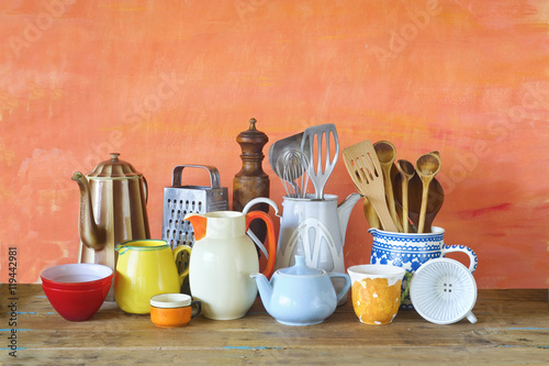 Pinturas sobre lienzo  vintage kitchen utensils and tableware, cooking concept