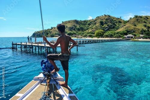 Fotografía  Mooring to Kanawa island in Komodo archipelago