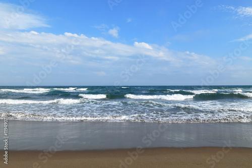 Fotografie, Obraz  台風の後の荒波の海岸