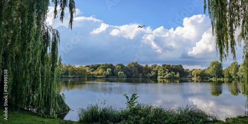 Lärmende Idylle: der Schäfersee in Berlin-Reinickendorf liegt in der Einflugschneise des Flughafens Tegel