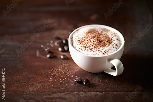 Foto Cup of  Cappuccino with Cocoa