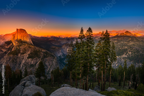 National Park Yosemite Half Dome lit by Sunset Light Glacier Poi Canvas-taulu