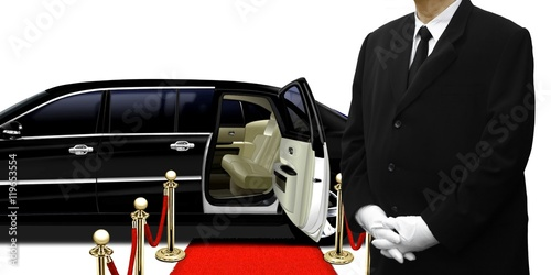 Photo  limousine chauffeur standing by the car