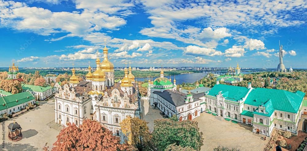 Fototapety, obrazy: Kiev. Ukraine. Kiev Pechersk Lavra.