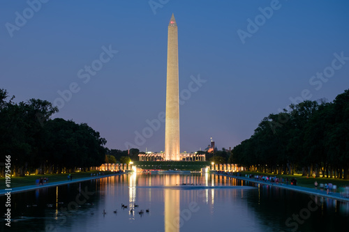 Fotografia, Obraz The Washington Monument at sunset