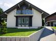 modernes Haus in Siedlung