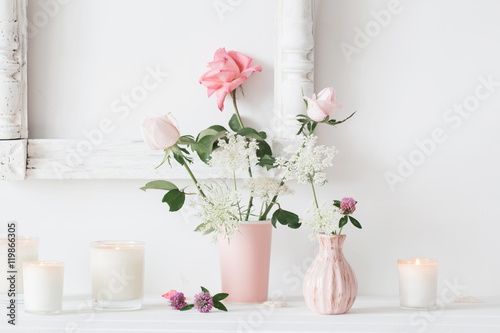 Foto-Tapete - flowers in a vase and candles on white background (von Maya Kruchancova)
