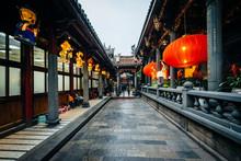 Corridor Inside Longshan Templ...