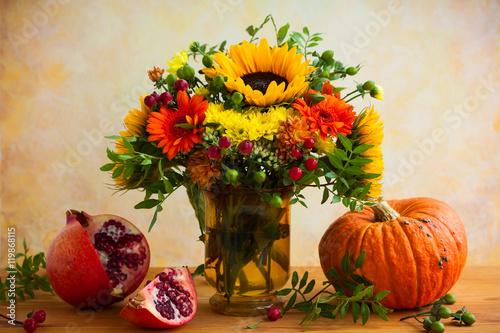 Autumn flowers and pumpkin - 119868115