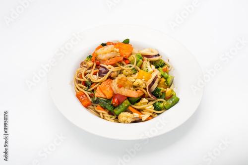 Fotografija  Spaghetti with spicy seafood