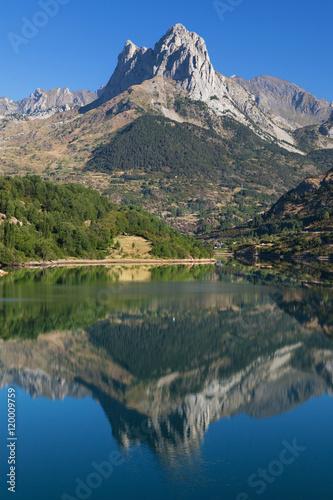 Poster Reflexion Penya Foratata reflected in the Lanuza reservoir