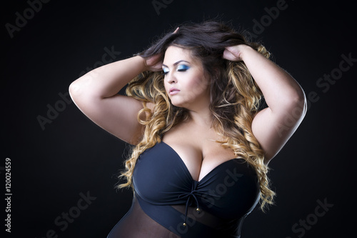 Young Beautiful Caucasian Plus Size Model With Big Breast -5537