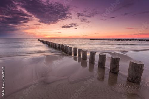 Keuken foto achterwand Lavendel Wooden breakwater - Baltic seascape at sunset, Poland