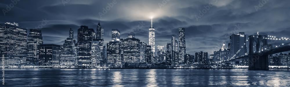 Fototapety, obrazy: View of Manhattan at night